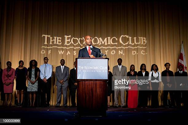 Mayor Adrian M Fenty of Washington DC presents scholarships at a meeting of the Economic Club of Washington DC in Washington DC US on Wednesday May...