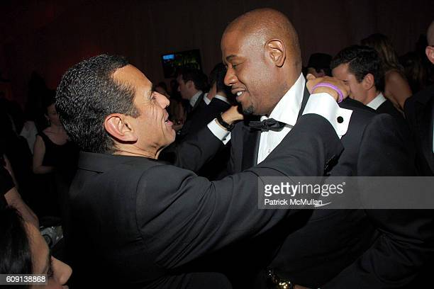Mayor Antonio Villaraigosa and Forest Whitaker attend VANITY FAIR Oscar Party at Morton's on February 25 2007 in Los Angeles CA