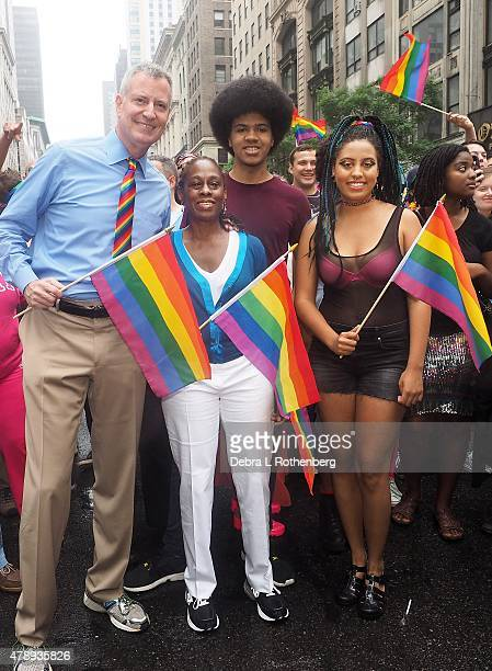 NYC Mayor Bill de Blasio Chirlane McCray Dante de Blasio and Chiara de Blasio during the 2015 New York City Pride Parade on June 28 2015 in New York...