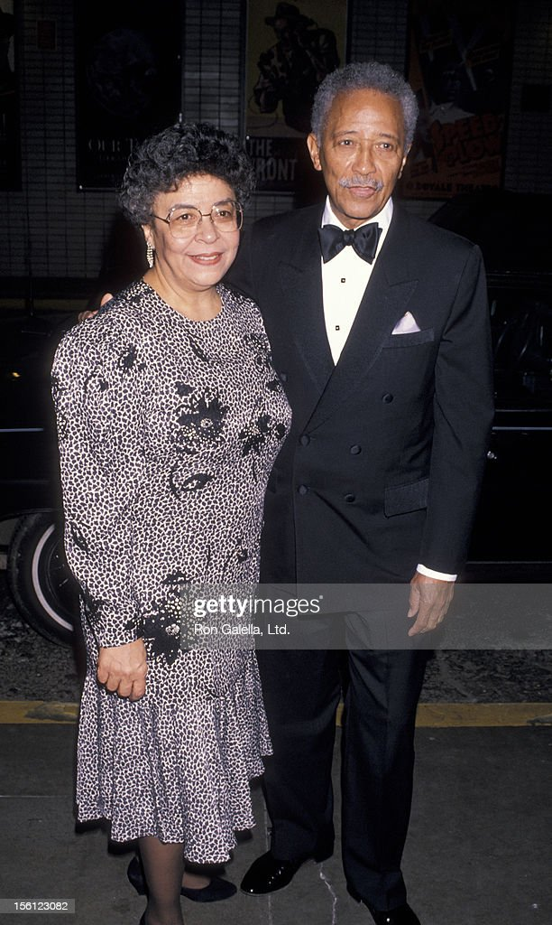 mayor david dinkins and wife joyce dinkins attending planned news photo getty images https www gettyimages com detail news photo mayor david dinkins and wife joyce dinkins attending news photo 156123082