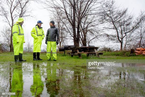 TORONTO ON MAY 5 Mayor John Tory walked with Toronto Island park supervisor Warren Hoselton and manager of waterfront parks James Dann along Wards...
