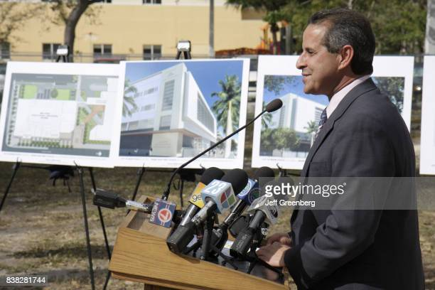 Mayor Manny Diaz speaking at the groundbreaking ceremony for the College of Policing