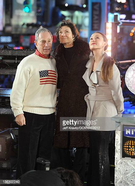 Mayor Michael Bloomberg Diana Taylor and Georgina Bloomberg attend Dick Clark's New Year's Rockin' Eve with Ryan Seacrest 2012 at Times Square on...
