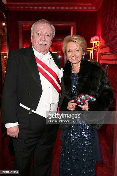 Mayor Michael Haeupl and his wife Barbara Hoernlein during the Opera Ball Vienna 2016 reception at Hotel Sacher on February 4 2016 in Vienna Austria