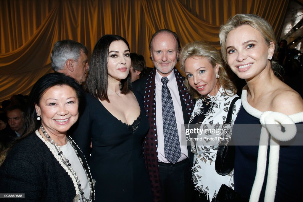 mayor-of-8th-district-of-paris-jeanne-dhauteserre-monica-bellucci-picture-id908852638