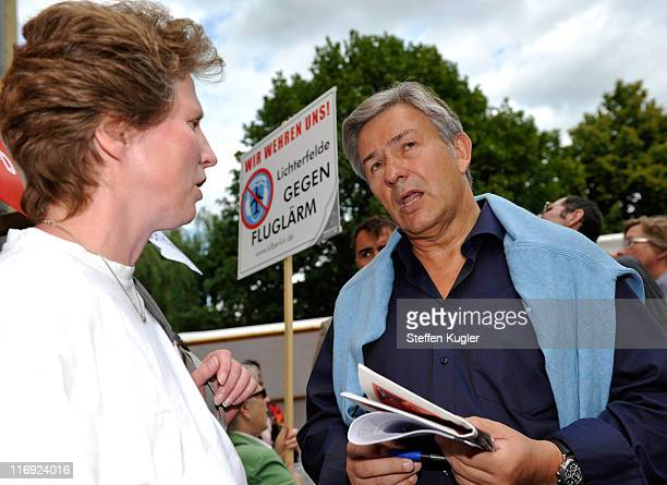 Mayor of Berlin and German Social Democrat Klaus Wowereit talks to supporters at a campaign event in Zehlendorf district on June 18 2011 in Berlin...