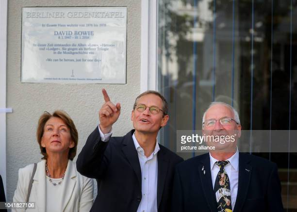 Mayor of Berlin Michael Mueller sound engineer Eduard Meyer and Vera GaedeButzlaff CEO of Gasaf present a commemmorative plaque for David Bowie at...