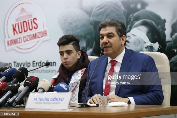 Mayor of Esenler Mehmet Tevfik Goksu speaks during a joint press conference held with Fawzi Al Junaidi who was manhandled and detained by Israeli...