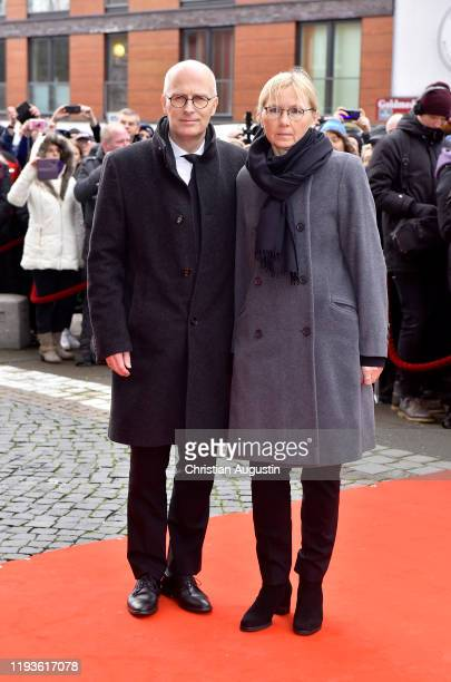 Mayor of Hamburg Peter Tschentscher and his wife Eva-Maria Tschentscher during the memorial service for Jan Fedder at Hamburger Michel on January 14,...