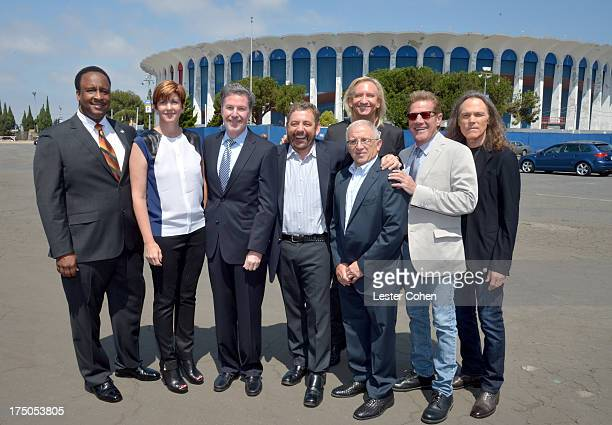 Mayor of Inglewood James T Butts Jr Melissa Ormond President MSG Entertainment The Madison Square Garden Company Hank J Ratner President and CEO of...