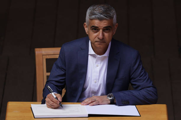 GBR: Sadiq Khan Swears In After Reelection As London Mayor