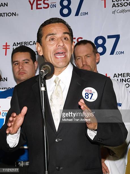 Mayor of Los Angeles Antonio Villaraigosa during Brad Pitt Supports Prop. 87 - November 6, 2006 at Los Angeles County Federation of Labor, AFL-CIO in...