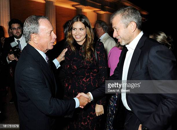 Mayor of New York Michael Bloomberg Dasha Zhukova and Roman Abramovich attend a donors dinner hosted by Michael Bloomberg Graydon Carter to celebrate...
