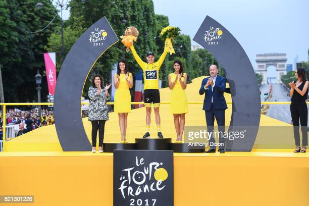 Mayor of Paris Anne Hidalgo, Christopher Froome of Team Sky during the stage 21 from Montgeron to Paris at Avenue Des Champs Elysees on July 23, 2017...