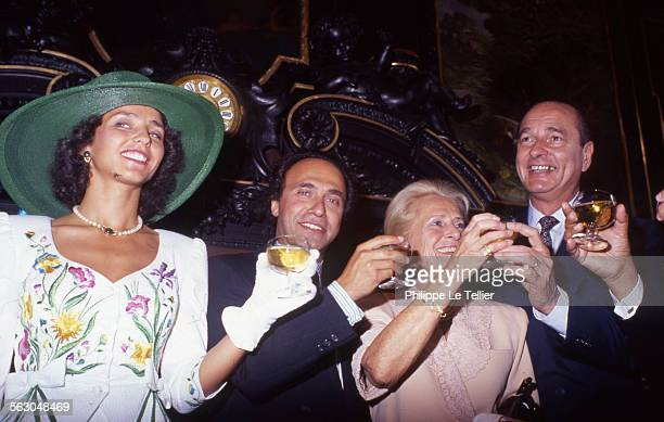 Mayor of Paris Jacques Chirac conducts marriage between Olivier Dassault and Carole daughter of Georges Tranchant Paris France june 1989