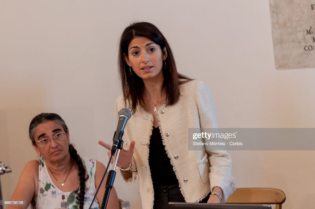 Mayor Of Rome Virginia Raggi Press Conference On Gambling Restrictions : Foto di attualità