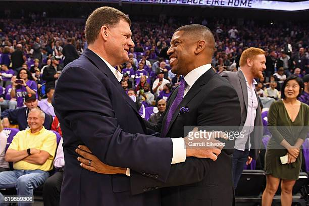 Mayor of Sacramento Kevin Johnson greets Clay Bennett Owner of the Oklahoma City Thunder before the game the San Antonio Spurs game against the...