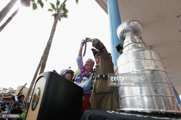 Mayor of Tampa Bob Buckhorn lifts the key to the city at the Key Ceremony as part of the Gasparilla Festival before the 2018 AllStar Skills...