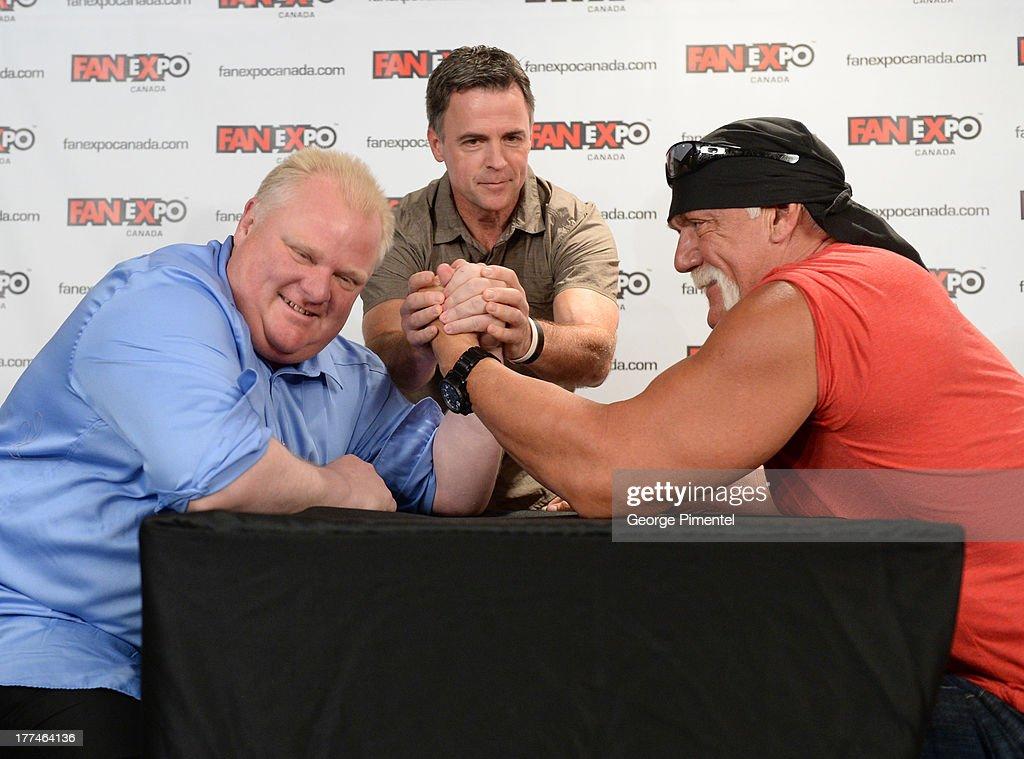 Fan Expo Canada Kicks Off With Hulk Hogan Vs. Mayor Rob Ford Arm-Wrestling Match : News Photo