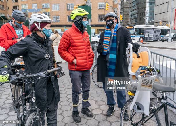 Mayoral Candidate Andrew Yang poses with New Yorkers while he and volunteers collecting signatures to get on the ballot for Democratic party primary...