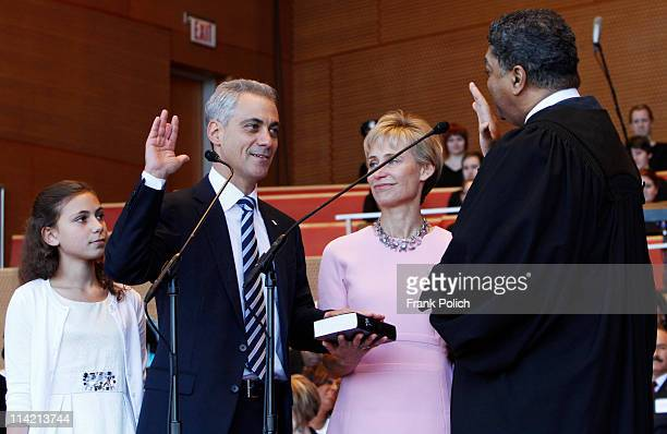 Mayorelect Rahm Emanuel takes the Oath of Office delivered by Judge Timothy Evans Chief Judge of the Circuit Court of Cook County as daughter Ilana...