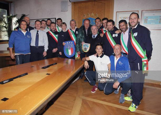 Mayors national team President Mirko Patron and FIGC President Carlo Tavecchio with the players pose during the meeting on November 17 2017 in Rome...