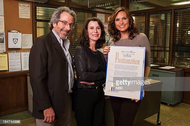 UNIT Mayor's Proclamation Pictured Executive Producer Warren Leight Commissioner Katherine Oliver Mariska Hargitay