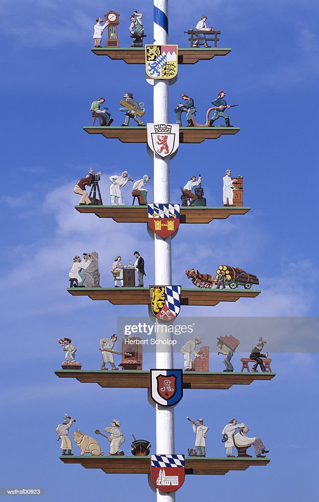 Maypole in Cham, Bavaria, Germany : Foto de stock