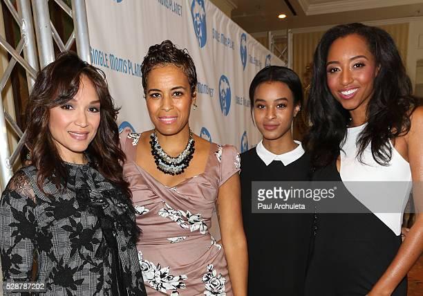 Mayte Garcia Daphne Wayans Jolie Ivory Imani Wayans and Neferteri Shepherd attend the Single Mom's Awards at The Peninsula Beverly Hills on May 6...