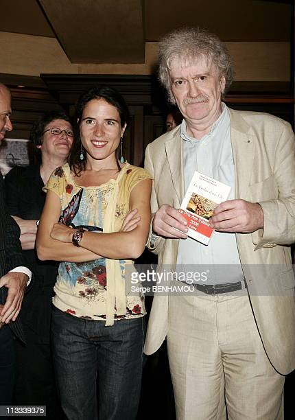 Mazarine Pingeot Gives The Price Of The Editors 2006 On June 15Th 2006 In Paris France Here Mazarine Pingeot And GeorgesOlivier Chateaureynaud...