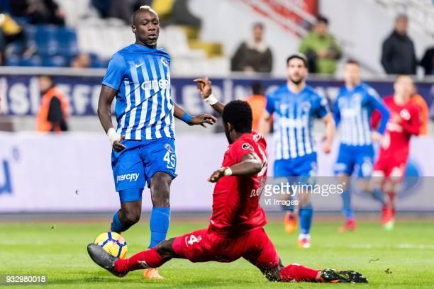 Mbaye Diagne of Kasimpasa AS Danon Issouf Johannes Djourou Gbadjere of Antalyaspor AS during the Turkish Spor Toto Super Lig match between Kasimpasa...