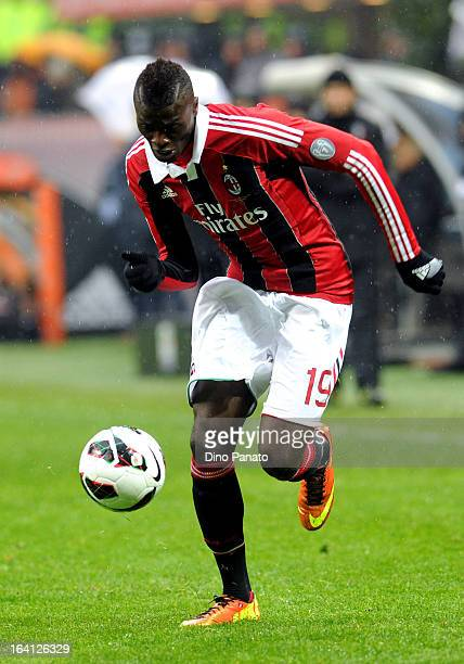 Mbaye Niang of AC Milan in action during the Serie A match between AC Milan and US Citta di Palermo at San Siro Stadium on March 17 2013 in Milan...