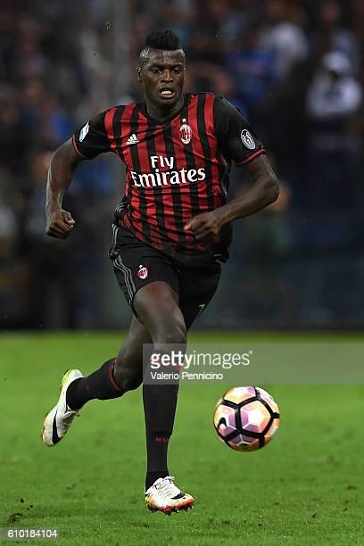 Mbaye Niang of AC Milan in action during the Serie A match between UC Sampdoria and AC Milan at Stadio Luigi Ferraris on September 16 2016 in Genoa...