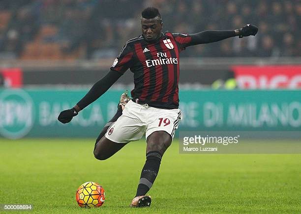 Mbaye Niang of AC Milan in action during the TIM Cup match between AC Milan and FC Crotone at Stadio Giuseppe Meazza on December 1 2015 in Milan Italy