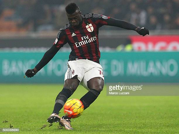 Mbaye Niang of AC Milan kicks a ball during the TIM Cup match between AC Milan and FC Crotone at Stadio Giuseppe Meazza on December 1 2015 in Milan...