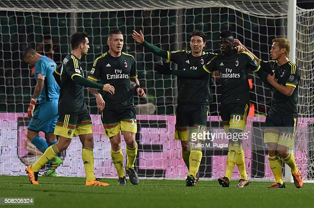 Mbaye Niang of Milan celebrates with team mates after scoring a penalty during the Serie A match between US Citta di Palermo and AC Milan at Stadio...