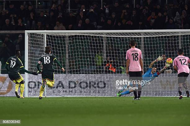 Mbaye Niang of Milan scores a penalty during the Serie A match between US Citta di Palermo and AC Milan at Stadio Renzo Barbera on February 3 2016 in...