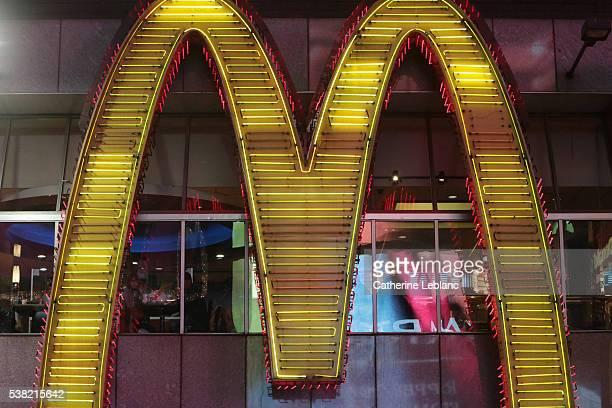 Mc Donald's. Logo.
