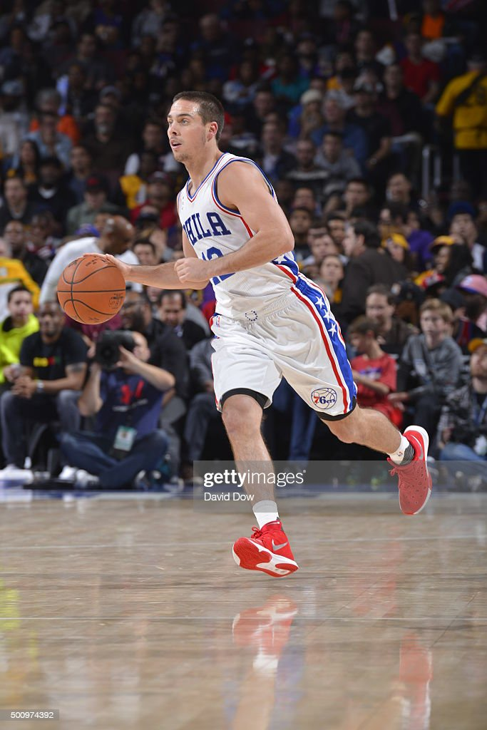 T.J. McConnell #12 of the Philadelphia 76ers dribbles the ball against the Los Angeles Lakers at the Wells Fargo Center on December 1, 2015 in Philadelphia, Pennsylvania.