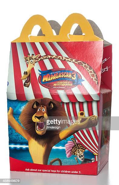 mcdonald's heureux repas boîte avec madagascar promotion 3 - madagascar enfant photos et images de collection
