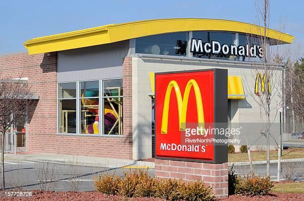 mcdonald's - mcdonalds fotografías e imágenes de stock
