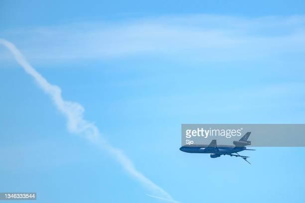 "mcdonnell douglas kdc-10 military transport airplane of the dutch royal air force - ""sjoerd van der wal"" or ""sjo"" stockfoto's en -beelden"