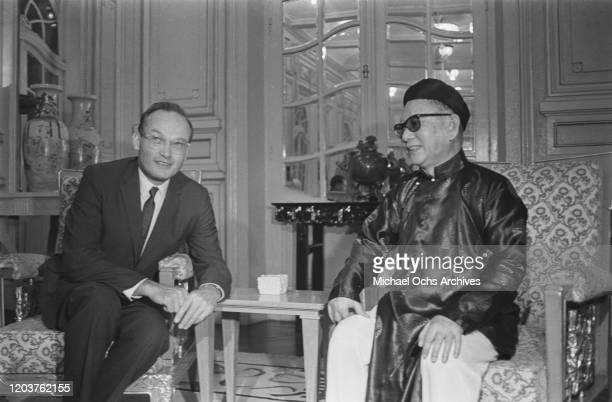 McGeorge Bundy the US Security Advisor to President Lyndon B Johnson meets Phan Khac Suu the Head of State of South Vietnam at Gia Long Palace in...