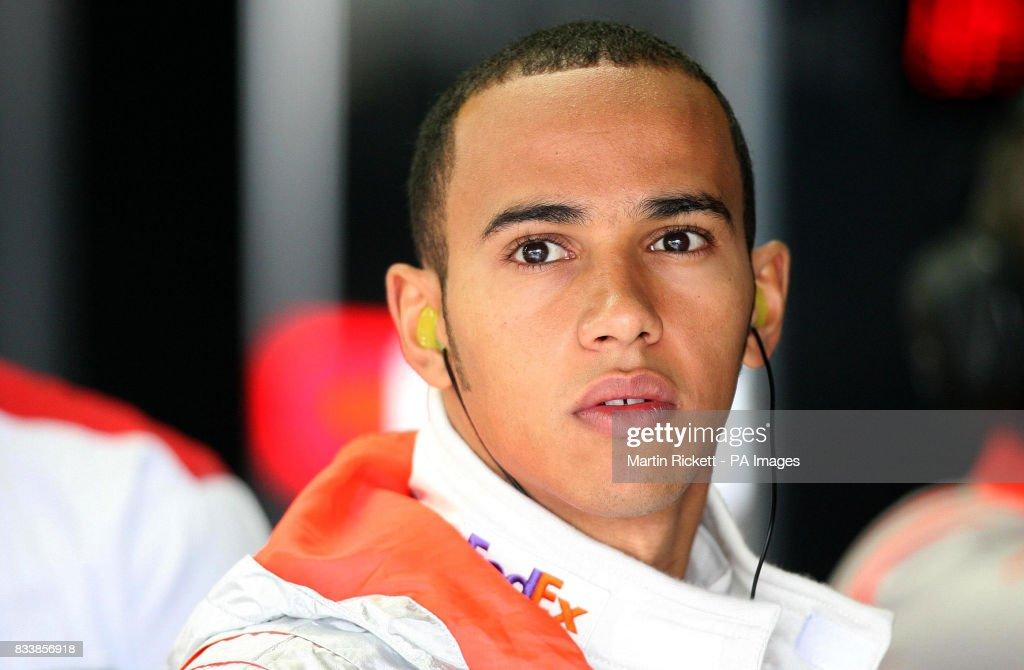 Formula One Motor Racing - Brazilian Grand Prix - Practice - Interlagos : News Photo