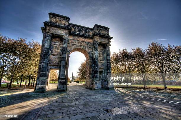 mclennan arch - glasgow green stock pictures, royalty-free photos & images