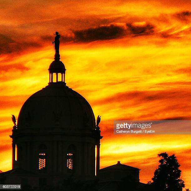 mclennan county courthouse against orange cloudy sky - waco stock pictures, royalty-free photos & images
