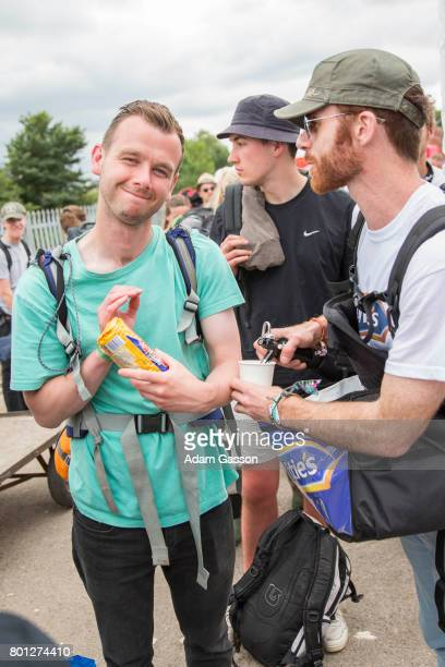 McVitie's makes the long journey home from Glastonbury just that little bit better, surprising festival goers with free biscuits and a cup of tea for...