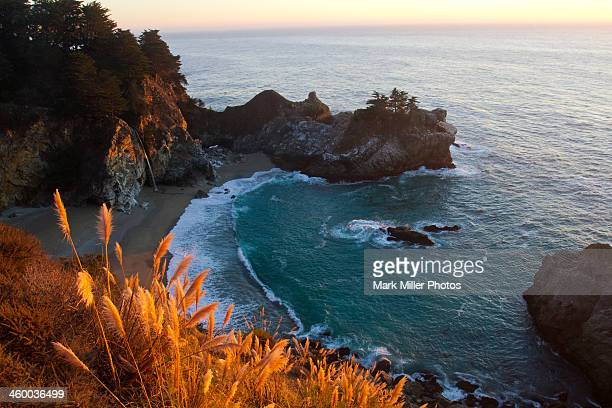 mcway falls at big sur, california, usa - mcway falls stock pictures, royalty-free photos & images