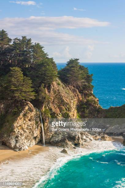mcway falls big sur california - mcway falls stock pictures, royalty-free photos & images