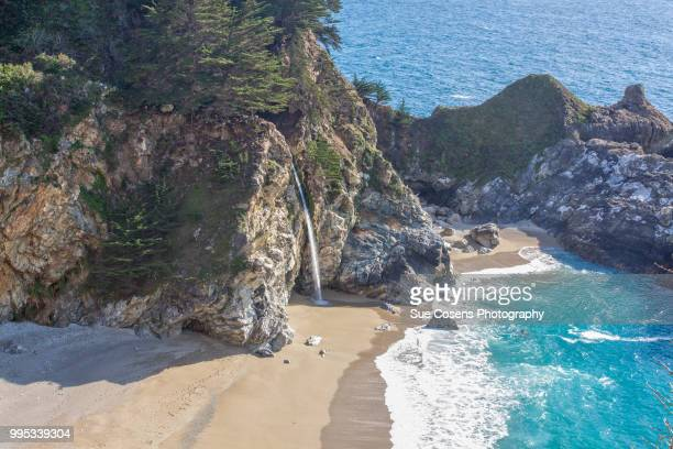 mcway falls julia pfeiffer burns state park ca - mcway falls stock pictures, royalty-free photos & images